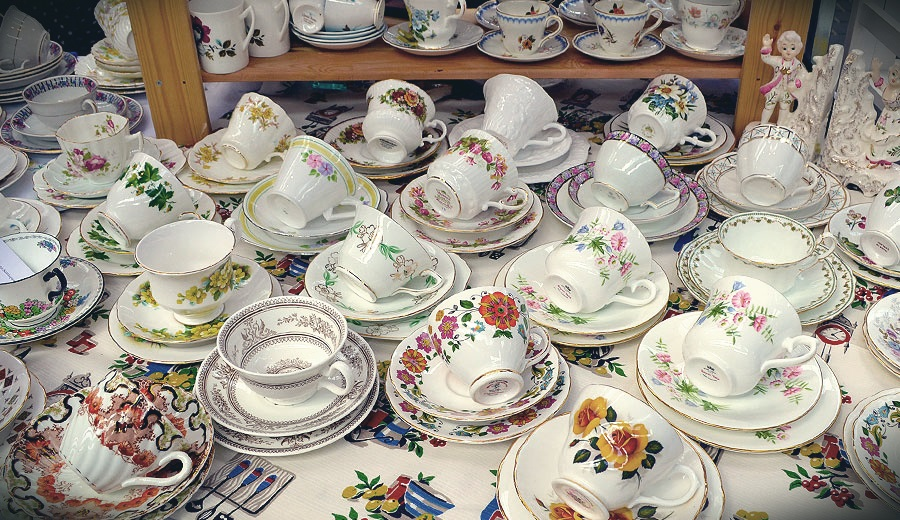 Porcelain JO Oldmagnet